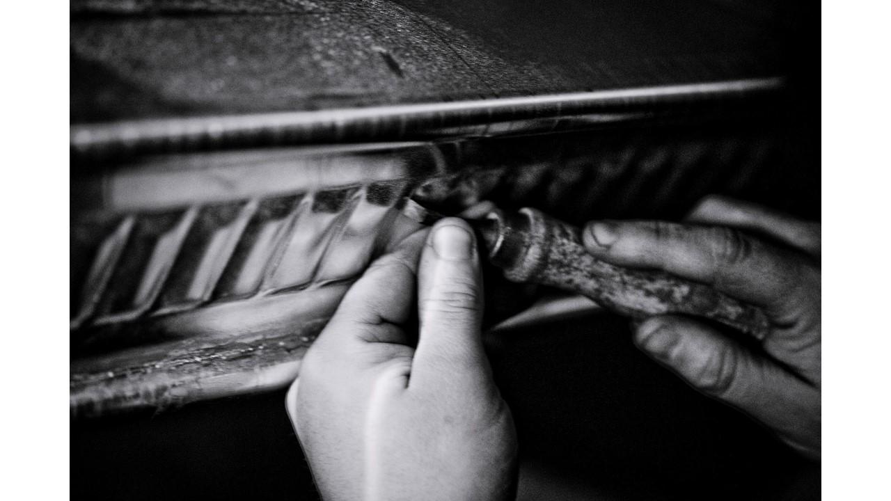 Размышление о духовном обнажении плоти в Concorde