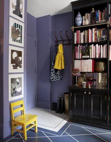 Purple small apartment interior color